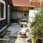 Baustellenterrasse vor dem Schopf Website
