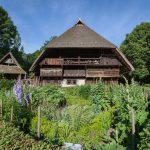 Vogtsbauernhof mit Bauerngarten_Foto Schwarzwälder Freilichtmuseum Vogtsbauernhof