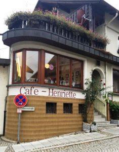 13. Mai 2018 Muttertags-Kreativmarkt rund um das Café Henriette in Forbach