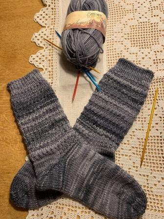 Extra dicke Socken mit Phantasiemuster