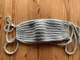 Alltagsmaske – in Rippen quergestrickt – Echt